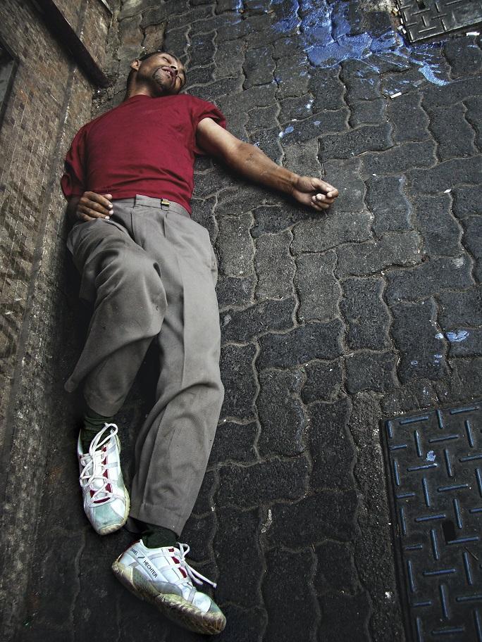 man experiencing a drug overdose